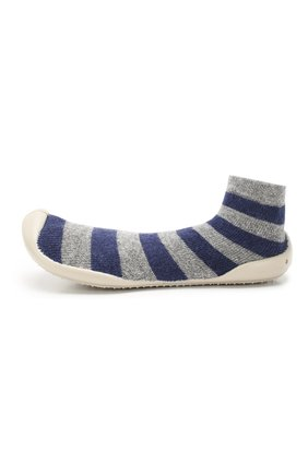 Детского домашняя обувь COLLEGIEN серого цвета, арт. 956C/36-39 | Фото 2