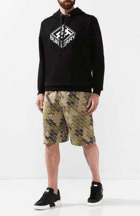 Мужские хлопковые шорты BURBERRY хаки цвета, арт. 8014820 | Фото 2