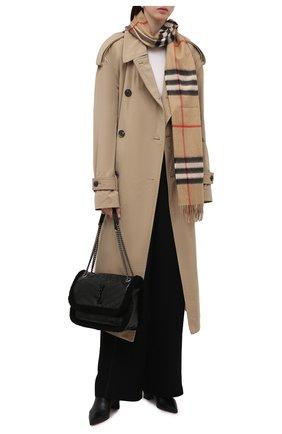 Женский кашемировый шарф BURBERRY бежевого цвета, арт. 8018173   Фото 2 (Материал: Шерсть, Кашемир; Статус проверки: Проверена категория)