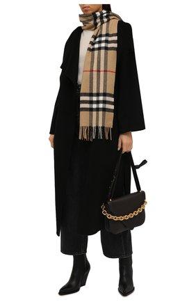 Женский кашемировый шарф BURBERRY бежевого цвета, арт. 8018173   Фото 2 (Материал: Кашемир, Шерсть; Статус проверки: Проверена категория)