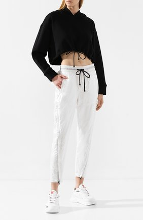 Женские брюки KORAL серебряного цвета, арт. A2536N105 | Фото 2