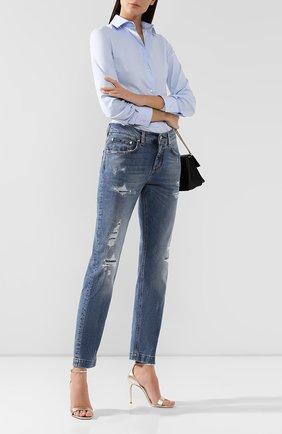 Женские джинсы с потертостями DOLCE & GABBANA синего цвета, арт. FTAIAD/G8BF1 | Фото 2