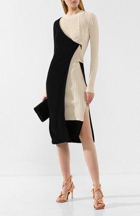 Женские кожаные босоножки BOTTEGA VENETA золотого цвета, арт. 592033/VBRL0 | Фото 2