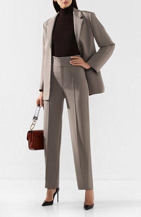 Женские брюки со стрелками TOTÊME светло-серого цвета, арт. 0SSI 194-224-737 | Фото 2