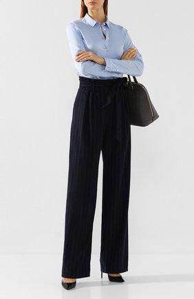 Женские брюки с поясом WEILL синего цвета, арт. 113012 | Фото 2 (Статус проверки: Проверено, Проверена категория; Материал внешний: Полиэстер, Синтетический материал; Женское Кросс-КТ: Брюки-одежда; Случай: Формальный; Силуэт Ж (брюки и джинсы): Широкие; Длина (брюки, джинсы): Удлиненные)