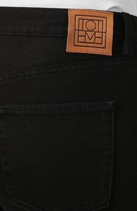 Женские джинсы TOTÊME черного цвета, арт. 0RIGINAL DENIM 32 193-232-744   Фото 5