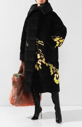 Женский пуховик DRIES VAN NOTEN черного цвета, арт. 192-10244-8403 | Фото 2