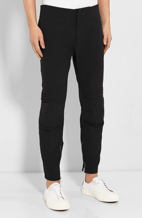 Мужские брюки BOTTEGA VENETA черного цвета, арт. 595830/VA5S0   Фото 3 (Длина (брюки, джинсы): Стандартные; Случай: Повседневный; Материал внешний: Синтетический материал; Материал подклада: Вискоза; Стили: Минимализм)