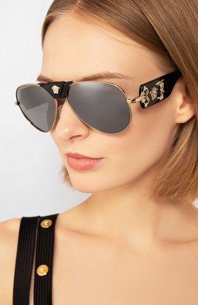 Женские солнцезащитные очки VERSACE черного цвета, арт. 2150Q-12526G | Фото 2