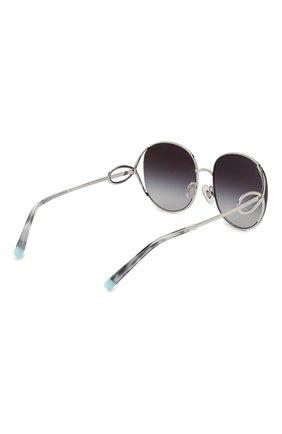 Женские солнцезащитные очки TIFFANY & CO. серебряного цвета, арт. 3065-60013C | Фото 4