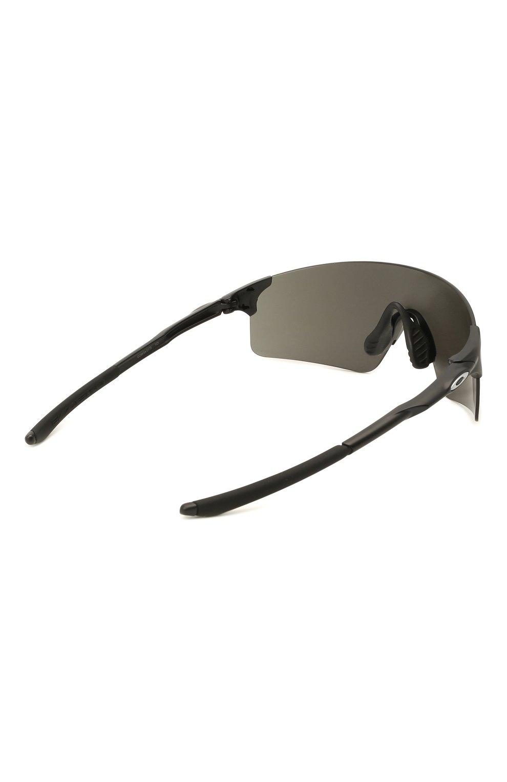 Женские солнцезащитные очки OAKLEY серого цвета, арт. 9454-945401 | Фото 4