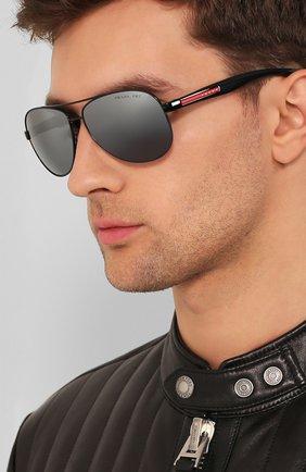 Мужские солнцезащитные очки PRADA LINEA ROSSA серого цвета, арт. 53PS-1AB2F2 | Фото 2