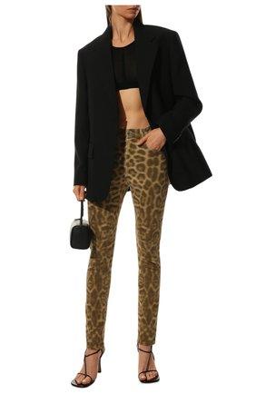 Женские джинсы с принтом BURBERRY леопардового цвета, арт. 8016924 | Фото 2 (Материал внешний: Хлопок; Статус проверки: Проверена категория; Длина (брюки, джинсы): Стандартные; Кросс-КТ: Деним; Стили: Кэжуэл)