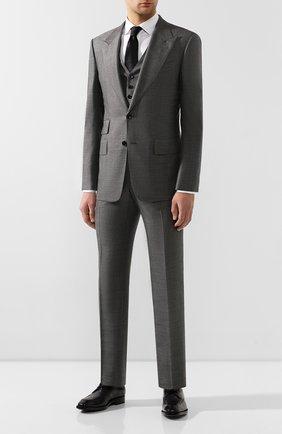 Мужской костюм-тройка из смеси шерсти и шелка TOM FORD серого цвета, арт. 644R19/31AL43 | Фото 1