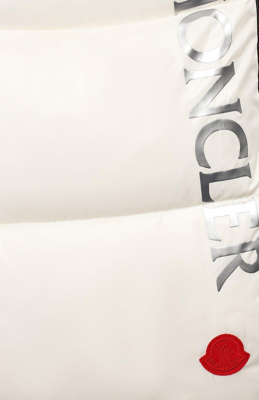 Детский конверт с меховой отделкой MONCLER ENFANT белого цвета, арт. E2-951-00800-25-68950 | Фото 3