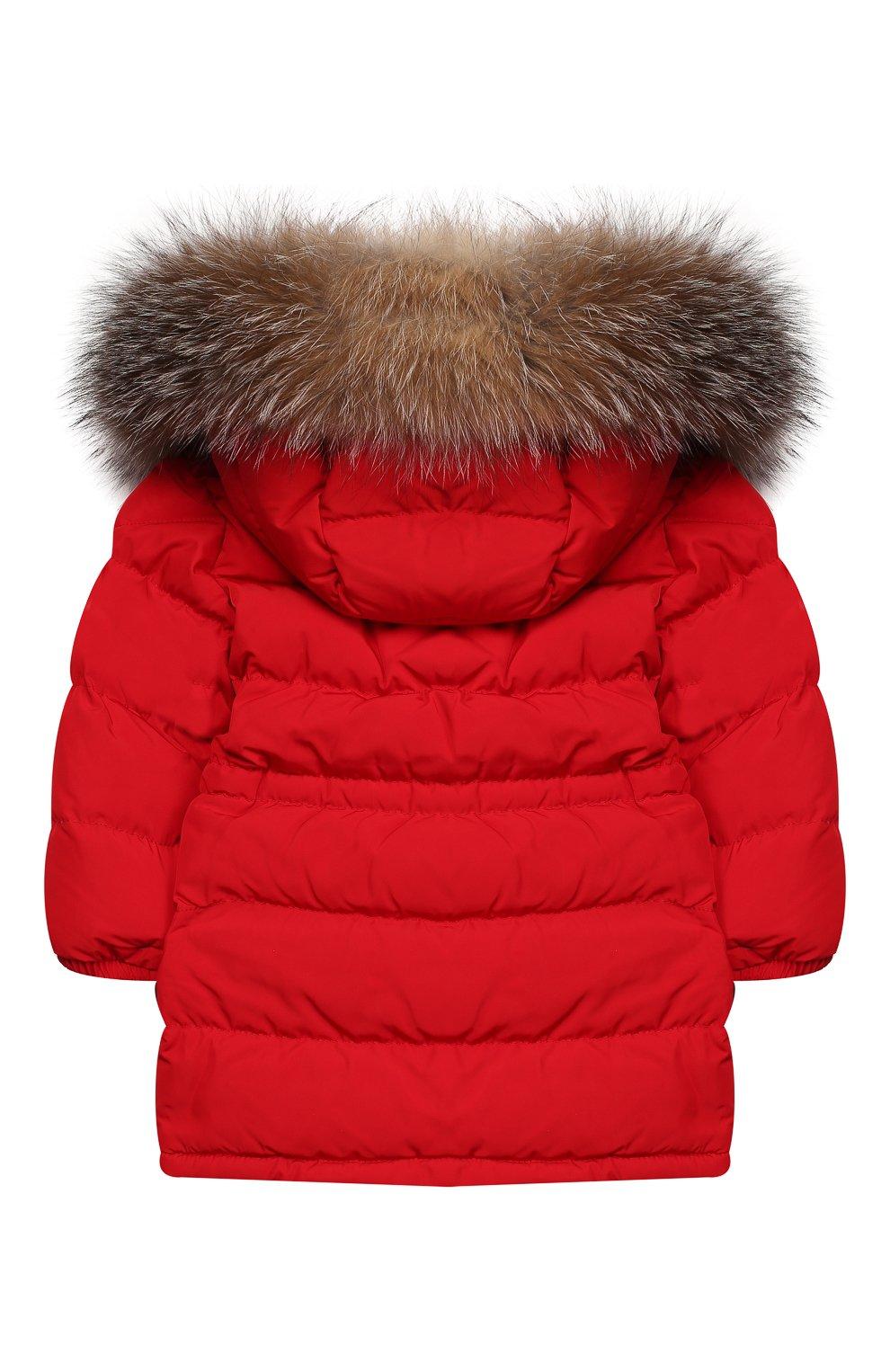 Детского пуховик с меховой отделкой на капюшоне MONCLER ENFANT красного цвета, арт. E2-951-42365-25-54543 | Фото 2