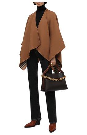Женская шерстяная накидка charlotte BURBERRY бежевого цвета, арт. 8015654   Фото 2 (Материал внешний: Шерсть; Длина (верхняя одежда): Короткие)
