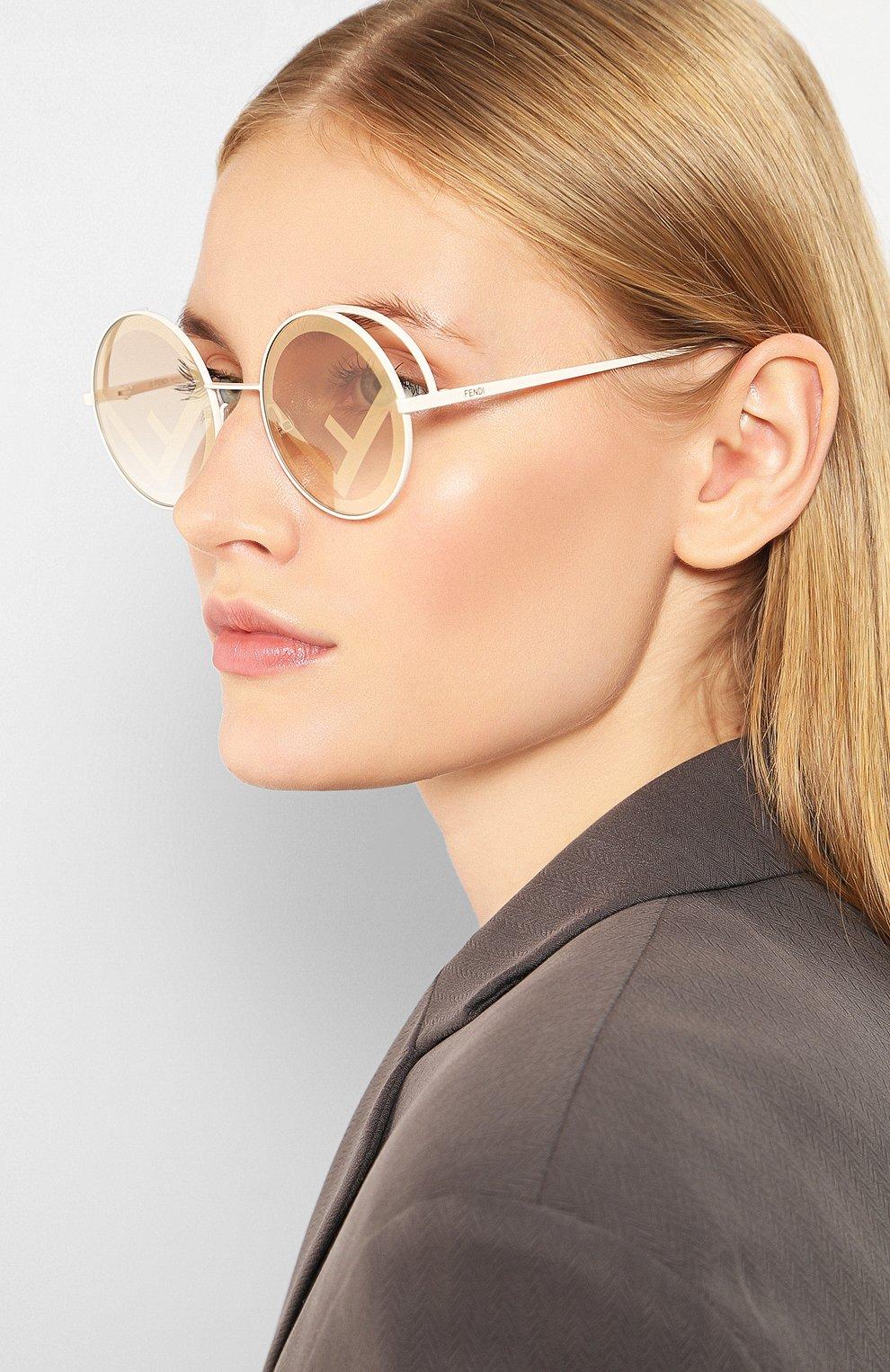 Женские солнцезащитные очки FENDI белого цвета, арт. 0343 VK6 | Фото 2
