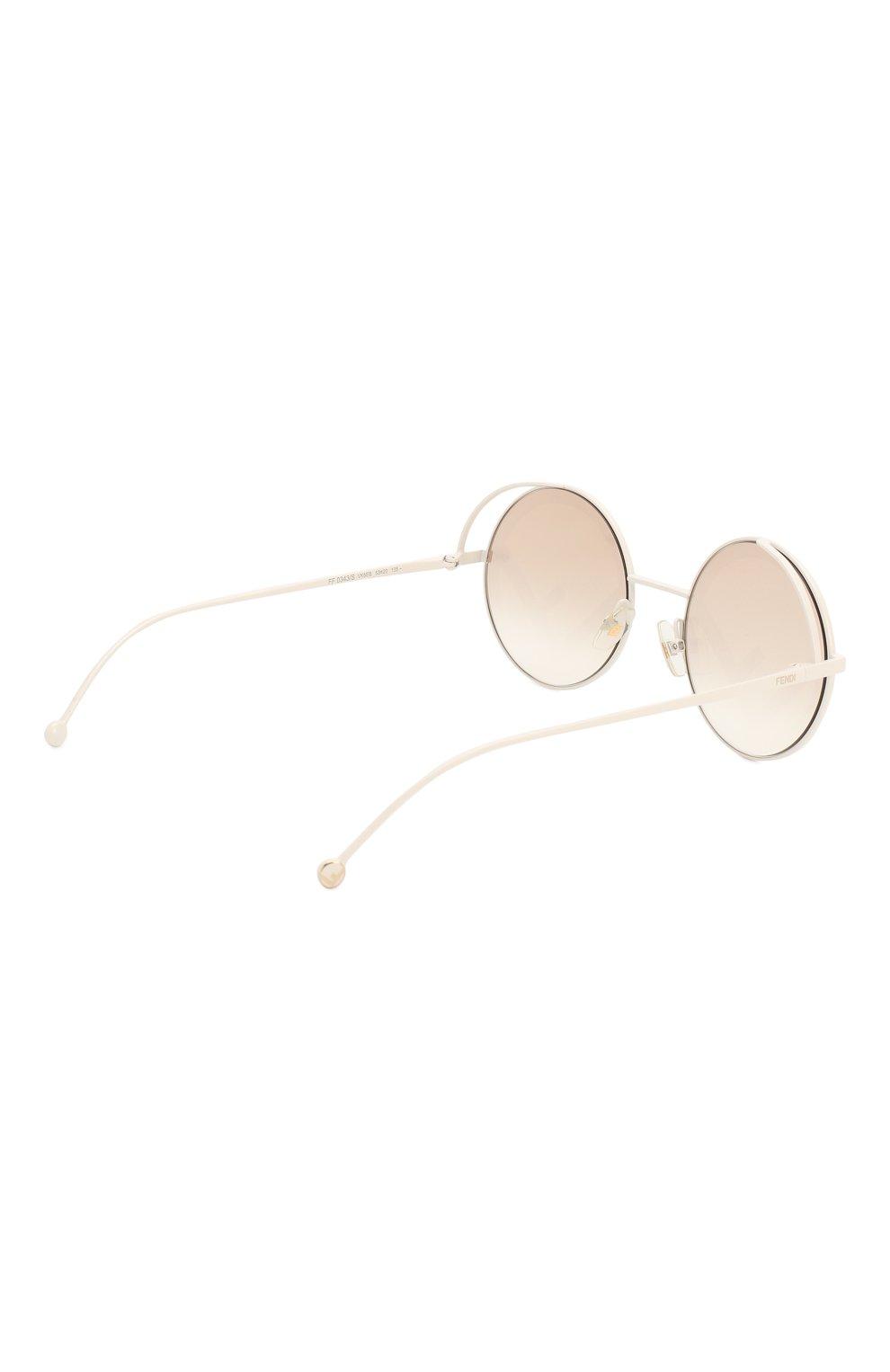 Женские солнцезащитные очки FENDI белого цвета, арт. 0343 VK6 | Фото 4