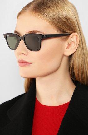 Женские солнцезащитные очки RAY-BAN черного цвета, арт. 4323-601/31 | Фото 2
