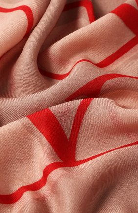 Женский платок из смеси кашемира и шелка VALENTINO бежевого цвета, арт. SW0EB104/FZS | Фото 2