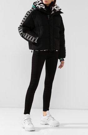 Женский пуховая куртка DOLCE & GABBANA черного цвета, арт. F9G29T/FUM8T | Фото 2