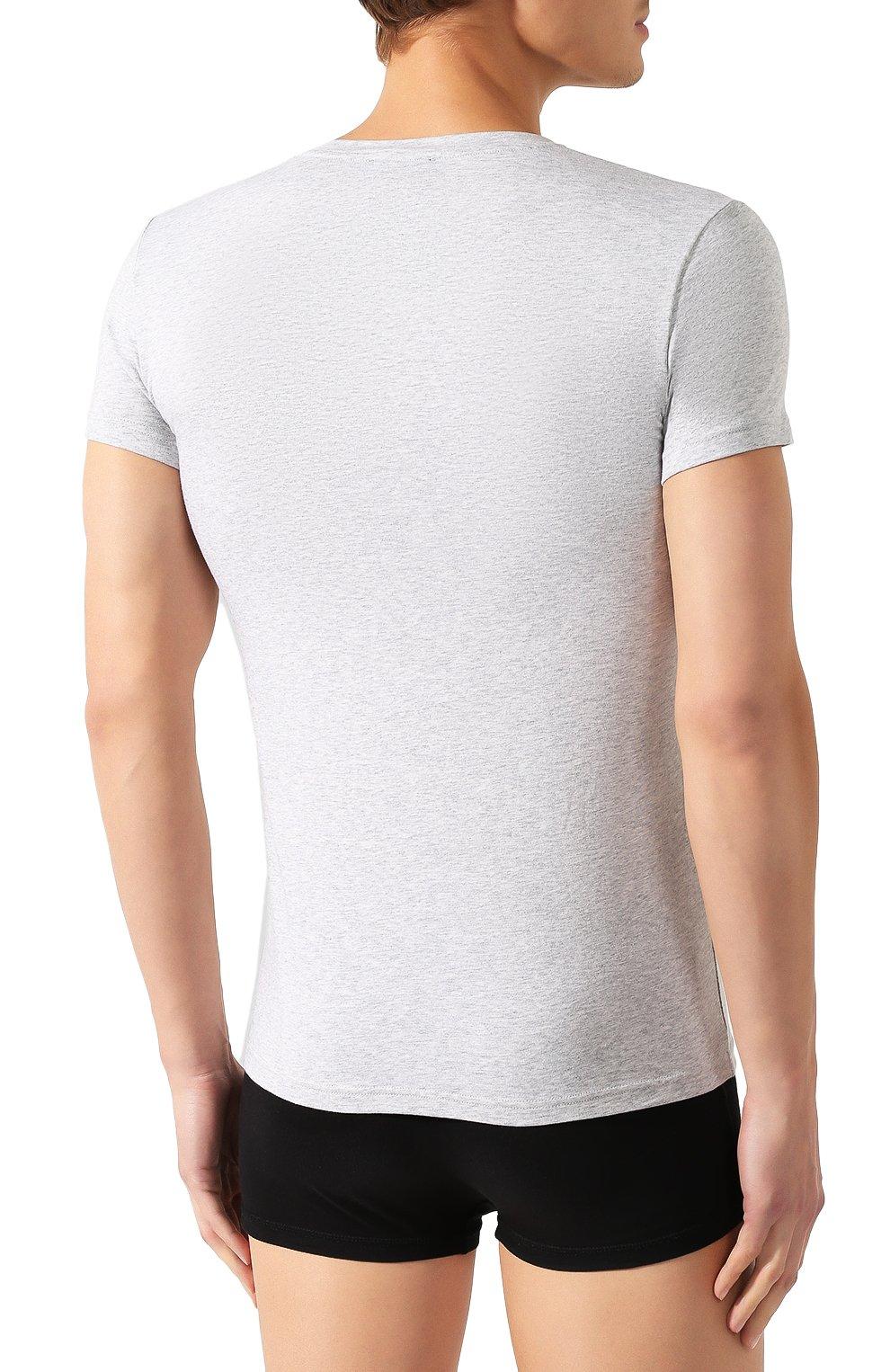 Мужская хлопковая футболка EMPORIO ARMANI серого цвета, арт. 111035/CC729 | Фото 4 (Кросс-КТ: домашняя одежда; Рукава: Короткие; Длина (для топов): Стандартные; Материал внешний: Хлопок; Мужское Кросс-КТ: Футболка-белье; Статус проверки: Проверена категория)