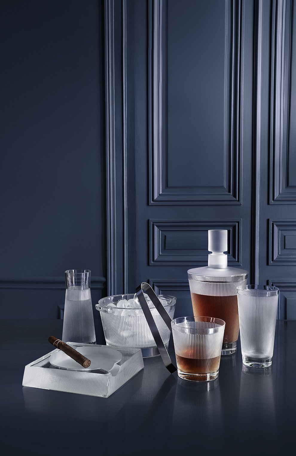 Мужского стакан для виски wingen LALIQUE прозрачного цвета, арт. 10688200 | Фото 2
