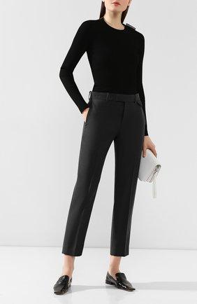 Женские шерстяные брюки BOTTEGA VENETA серого цвета, арт. 585165/VKIU0 | Фото 2