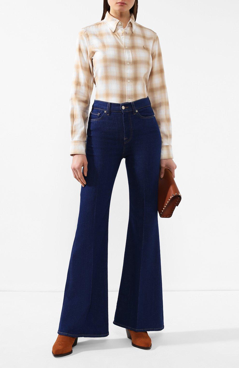 Женские расклешенные джинсы 7 FOR ALL MANKIND синего цвета, арт. JSQIB120BR   Фото 2 (Длина (брюки, джинсы): Удлиненные; Кросс-КТ: Деним; Силуэт Ж (брюки и джинсы): Расклешенные; Материал внешний: Хлопок, Деним; Статус проверки: Проверена категория)