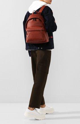 Мужской кожаный рюкзак BOTTEGA VENETA коричневого цвета, арт. 599634/VCPQ2 | Фото 2