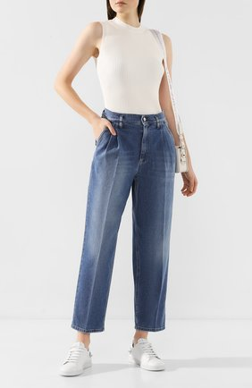Женские джинсы REDVALENTINO синего цвета, арт. TR3DD01M/4TV | Фото 2