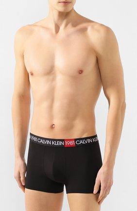 Мужские хлопковые боксеры CALVIN KLEIN черного цвета, арт. NB2050A | Фото 2