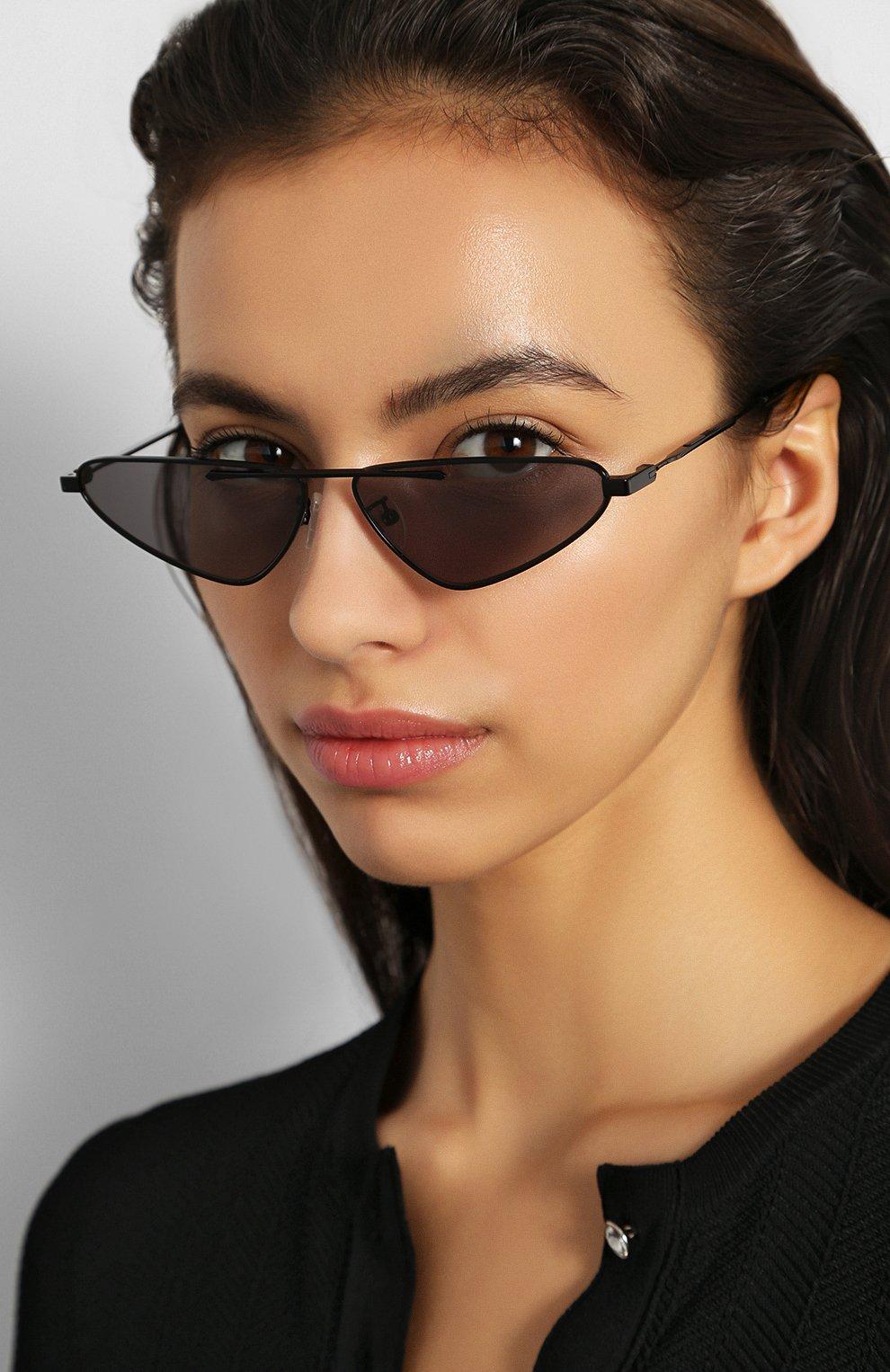 Женские солнцезащитные очки MCQ SWALLOW черного цвета, арт. MQ0226 001 | Фото 2