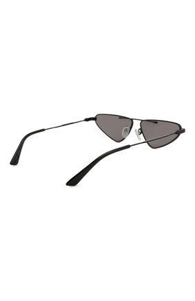 Женские солнцезащитные очки MCQ SWALLOW черного цвета, арт. MQ0226 001 | Фото 5