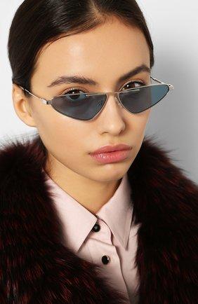 Женские солнцезащитные очки MCQ SWALLOW голубого цвета, арт. MQ0226 004 | Фото 2 (Тип очков: С/з; Статус проверки: Проверена категория; Оптика Гендер: оптика-унисекс; Очки форма: Узкие, D-форма)