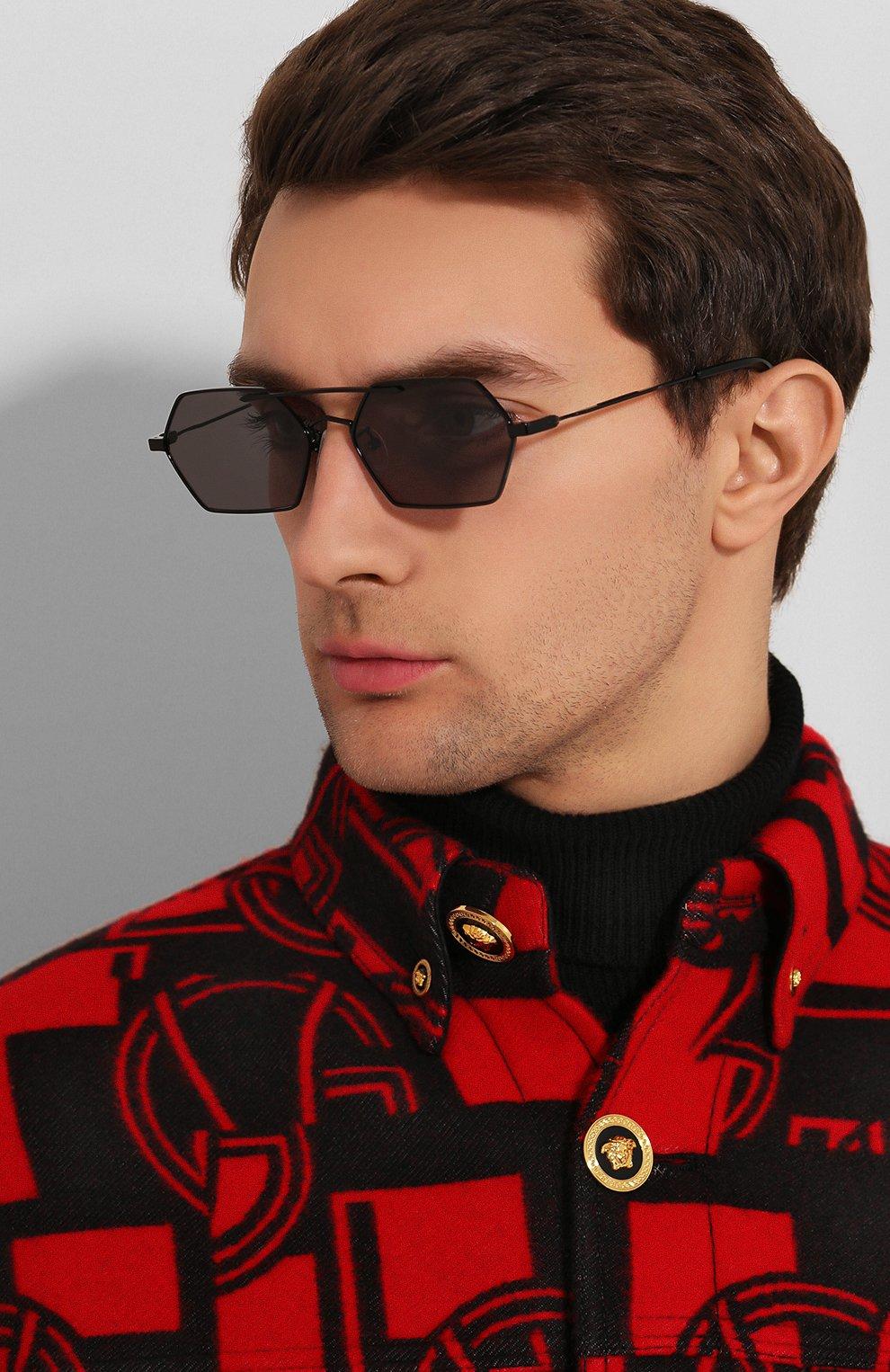 Мужские солнцезащитные очки MCQ SWALLOW черного цвета, арт. MQ0227SA 001   Фото 2 (Тип очков: С/з; Статус проверки: Проверена категория; Оптика Гендер: оптика-мужское)