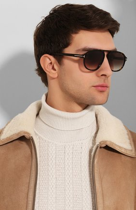 Мужские солнцезащитные очки TOM FORD коричневого цвета, арт. TF755 52K | Фото 2