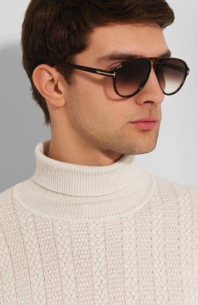 Мужские солнцезащитные очки TOM FORD коричневого цвета, арт. TF756 52K | Фото 2