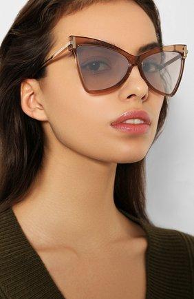 Женские солнцезащитные очки TOM FORD бежевого цвета, арт. TF767 57G | Фото 2