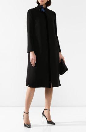 Женское шелковое пальто GIORGIO ARMANI черного цвета, арт. 9WH0L03N/T01D2 | Фото 2 (Рукава: Длинные; Материал внешний: Шелк; Длина (верхняя одежда): Длинные; Статус проверки: Проверена категория; 1-2-бортные: Однобортные)