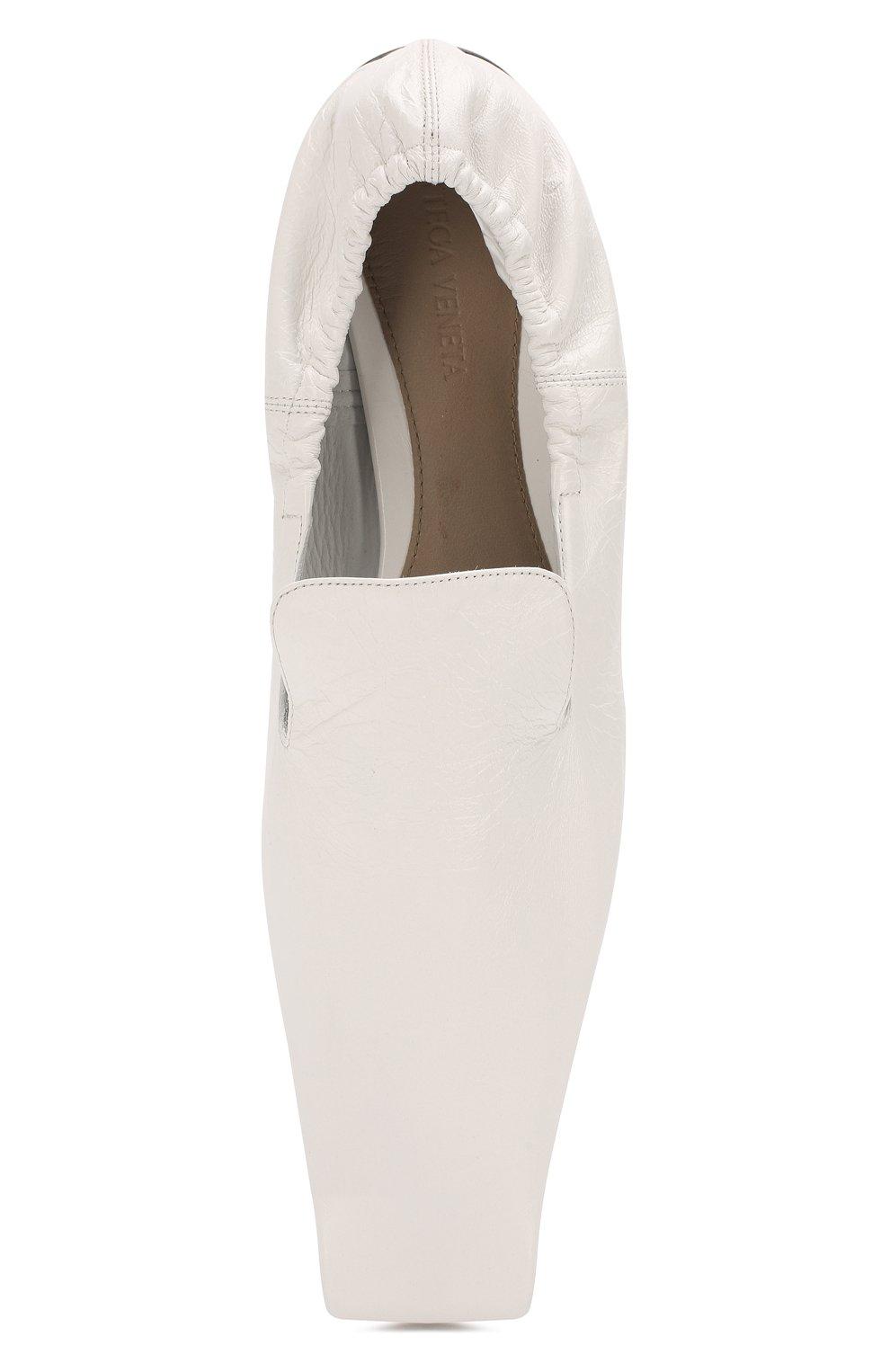 Женские кожаные лоферы BOTTEGA VENETA белого цвета, арт. 608878/VBSH0 | Фото 5