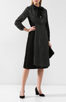 Женская замшевые туфли SERGIO ROSSI черного цвета, арт. A85320-MCAZ01 | Фото 2
