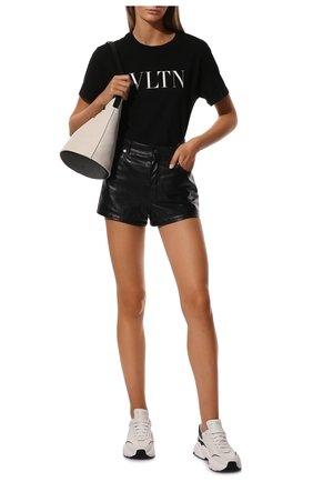 Женская хлопковая футболка VALENTINO черного цвета, арт. TB3MG07D3V6 | Фото 2