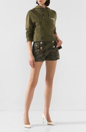Женские джинсовые шорты BALMAIN хаки цвета, арт. TF15386/D015 | Фото 2