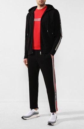 Мужской хлопковые брюки MONCLER черного цвета, арт. F1-091-8H702-00-V8104 | Фото 2