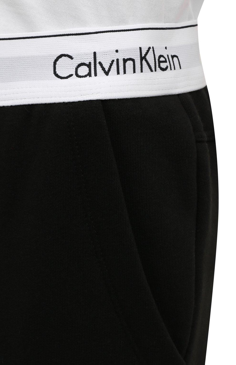 Женские хлопковые брюки CALVIN KLEIN черного цвета, арт. QS5716E | Фото 4