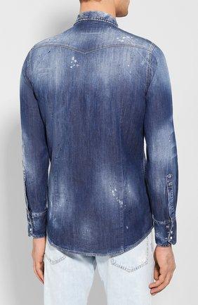 Мужская джинсовая рубашка DSQUARED2 синего цвета, арт. S74DM0392/S30341 | Фото 4 (Воротник: Кент; Рукава: Длинные; Манжеты: На кнопках; Кросс-КТ: Деним; Случай: Повседневный; Длина (для топов): Стандартные; Принт: С принтом; Материал внешний: Хлопок, Деним; Мужское Кросс-КТ: Рубашка-одежда; Статус проверки: Проверена категория)