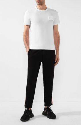 Мужская хлопковая футболка MONCLER белого цвета, арт. F1-091-8C742-00-8390T | Фото 2
