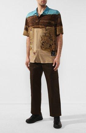 Мужская рубашка из вискозы MARCELO BURLON разноцветного цвета, арт. CMGA052R20FAB002 | Фото 2 (Рукава: Короткие; Длина (для топов): Стандартные; Случай: Повседневный)